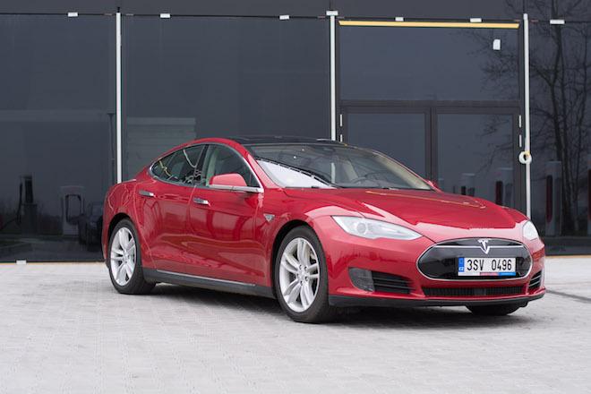Tesla Model S 85D 4×4
