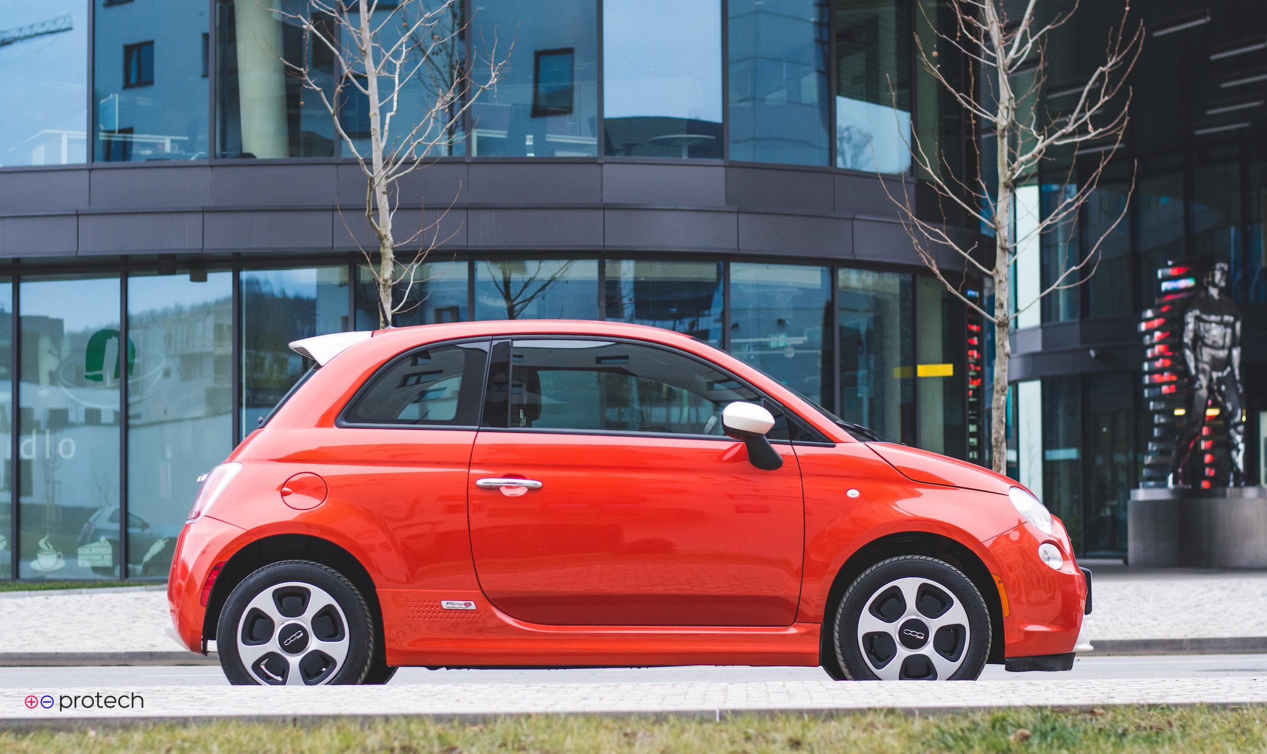 Fiat 500e je nejkrásnější a nejlevnější elektromobil co známe
